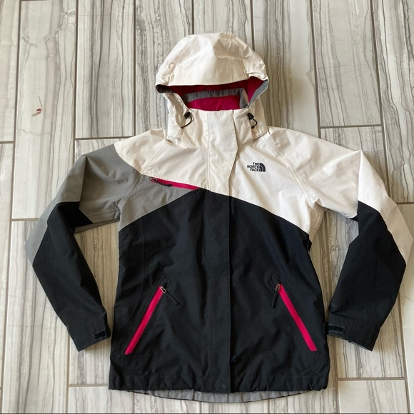 The North Face ski/board jacket. EUC